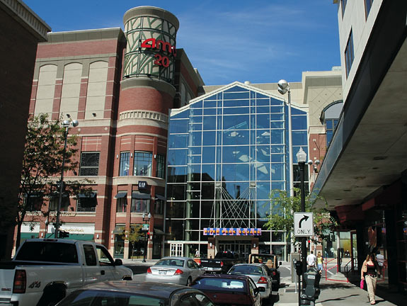 Shopping in Spokane Meet your friends or bring your family and stay all day at NorthTown Mall. Explore your favorite brands and discover new ones in more than hereufilbk.gqon: North Division, Spokane, , WA.