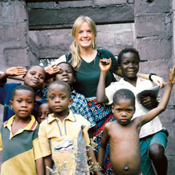 Jennifer  Bushnell and friends in Ghana.