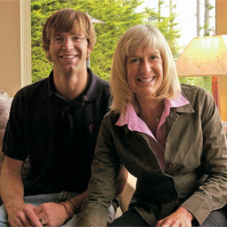 Toren Volkman and his mother, Christina Shamerger Volkmann '70.