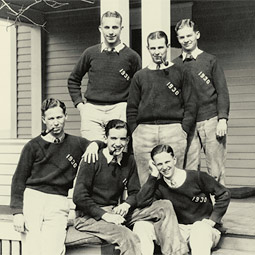 Murrow and his Kappa Sigma fraternity brothers at Washington State College.