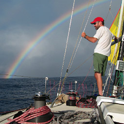 John Leitzinger aboard the <em>Kahuna</em> during the 2006 Vic-Maul race.