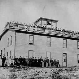 This photograph probably represents the opening of the Steptoe Butte Hotel to the public. Note the band members tp the left side of the front and note also the unfinished roof balustrade section. Photo courtesy of the Whitman County Historical Society