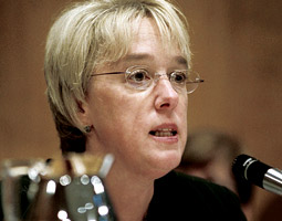 Senator Patty Murray at a 2005 Appropriations Committee hearing. Her position on the committee and as chair of the Subcommittee on Transportation, Housing and Urban Development, and Related Agencies has enabled her to direct millions of federal dollars to Washington State. <em>Photo Ray Lustig/The Washington Post</em>