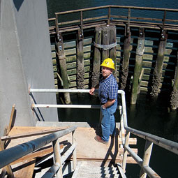 Hans Breivik '88 oversees the $15 million project to repair the 1938 Hylebos bridge in Tacoma.<em>Hannelore Sudermann</em>