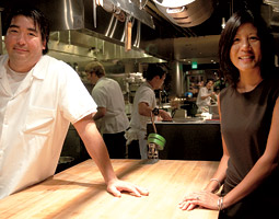 Marjorie Chang Fuller '89, '90 with her husband chef Mark Fuller at their Spring Hill (now Ma&rsquo;ono) restaurant in West Seattle. <em>Zach Mazur</em>
