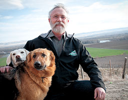 Dan Newhouse on his Sunnyside farm with Casper (at left) and Libelle. <em>Zach Mazur</em>