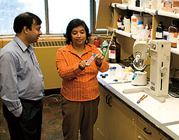 Amit Bandyopadhyay and Susmita Bose have produced bone-like material on a 3-D printer. <em>Photo Michelle White</em>