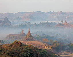 Burma&#8217;s stunning landscapes include the pagodas and temples of Bagan. <em>Photo Wikimedia</em>