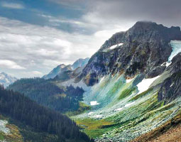 Cascade Pass. <em>Photo Zach Mazur</em>