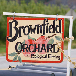 Sign-post for Brownfield Orchard.