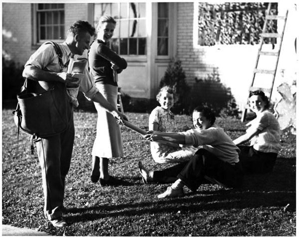 File:Sorority members receiving mail 1930s.jpg